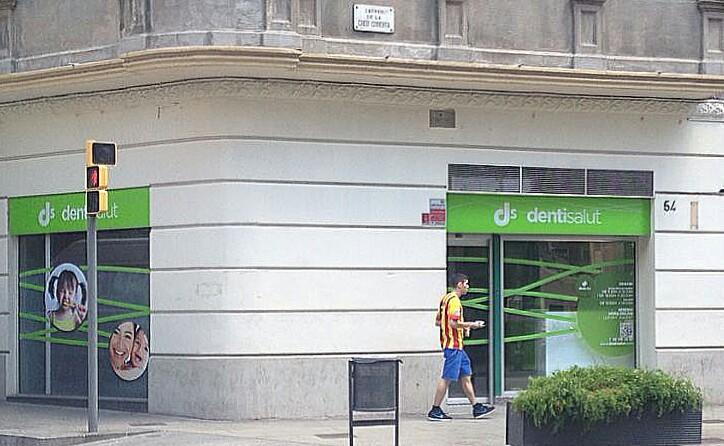 Inauguración de la nueva clínica Dentisalut Sants