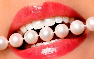 ¿Cómo se blanquean los dientes?