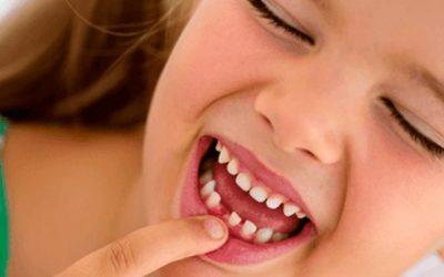 Mi hijo se ha tragado un diente ¿qué hago?