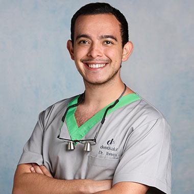 Dr. Camilo Torres